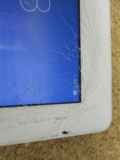 iPad3 ガラス割れ
